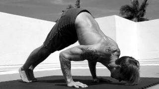 【パイクプッシュアップ】三角筋を鍛えるために特化した特殊腕立て伏せ
