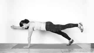 【アームレッグクロスレイズ】長背筋に効果的な体幹トレーニング