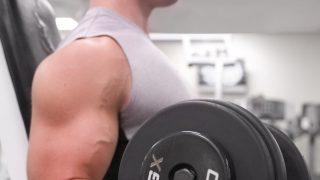 【腕のダンベル筋トレメニュー】部位別(三頭筋・二頭筋・上腕筋・前腕筋)の鍛え方をプロが解説