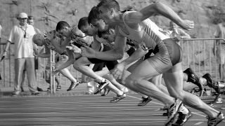 【足が速くなる筋トレ】陸上やサッカーに重要な体幹深層筋の自宅での鍛え方