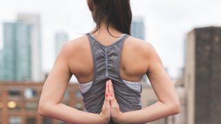【女性の上腕二頭筋の鍛え方】細くしなやかな二の腕を作る自宅筋トレ