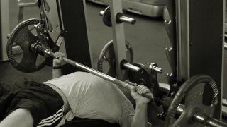 【エキセントリック収縮】筋肥大効果の高い伸張性収縮トレーニング方法を解説